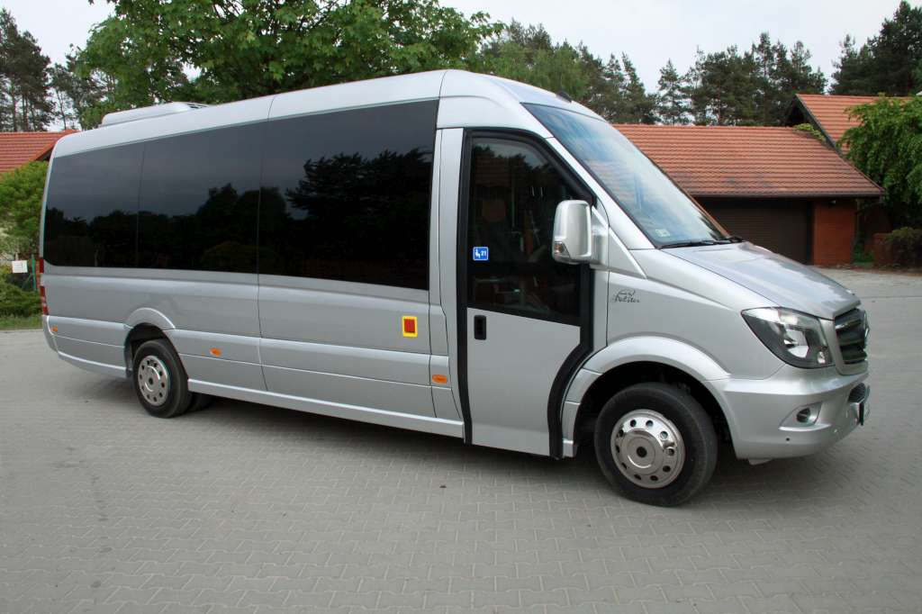 Touristic max 21 seats polster s c zabudowy for Polster max